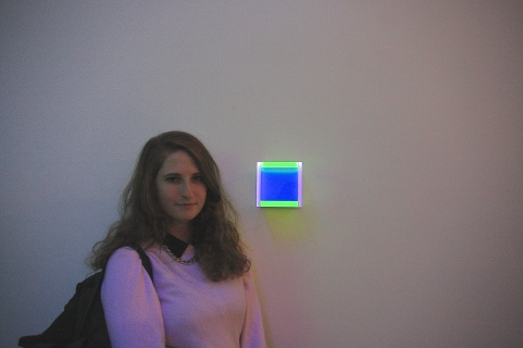 "hanna & ""the colors of her soul"" : colormirror dusseldorf (small box)"