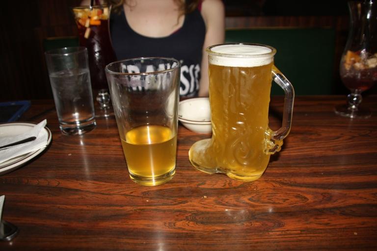 beer and sangria at el rey