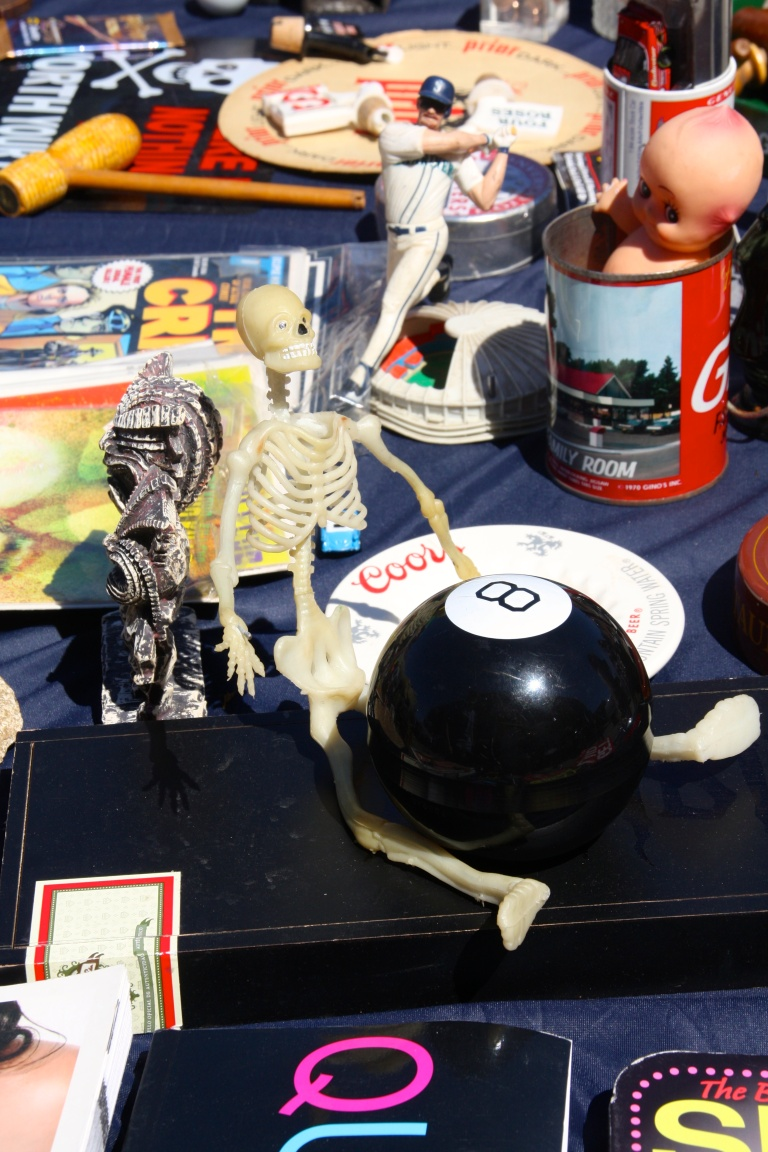 skull & 8-ball, society hill flea