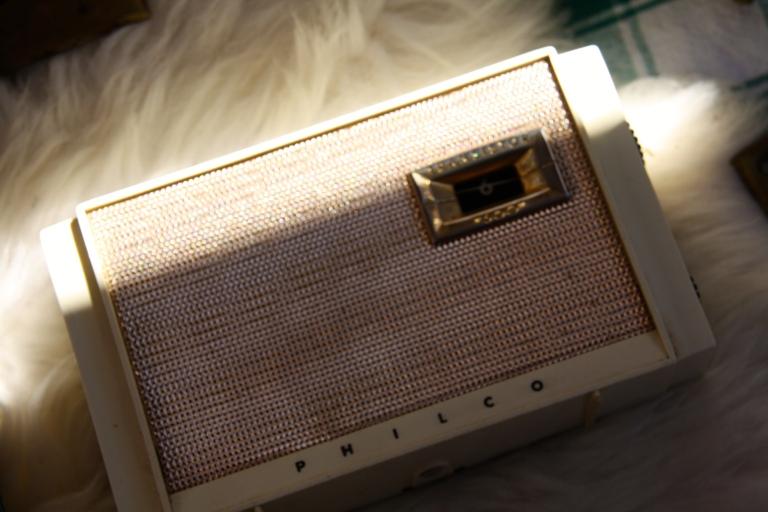 old radio, society hill flea